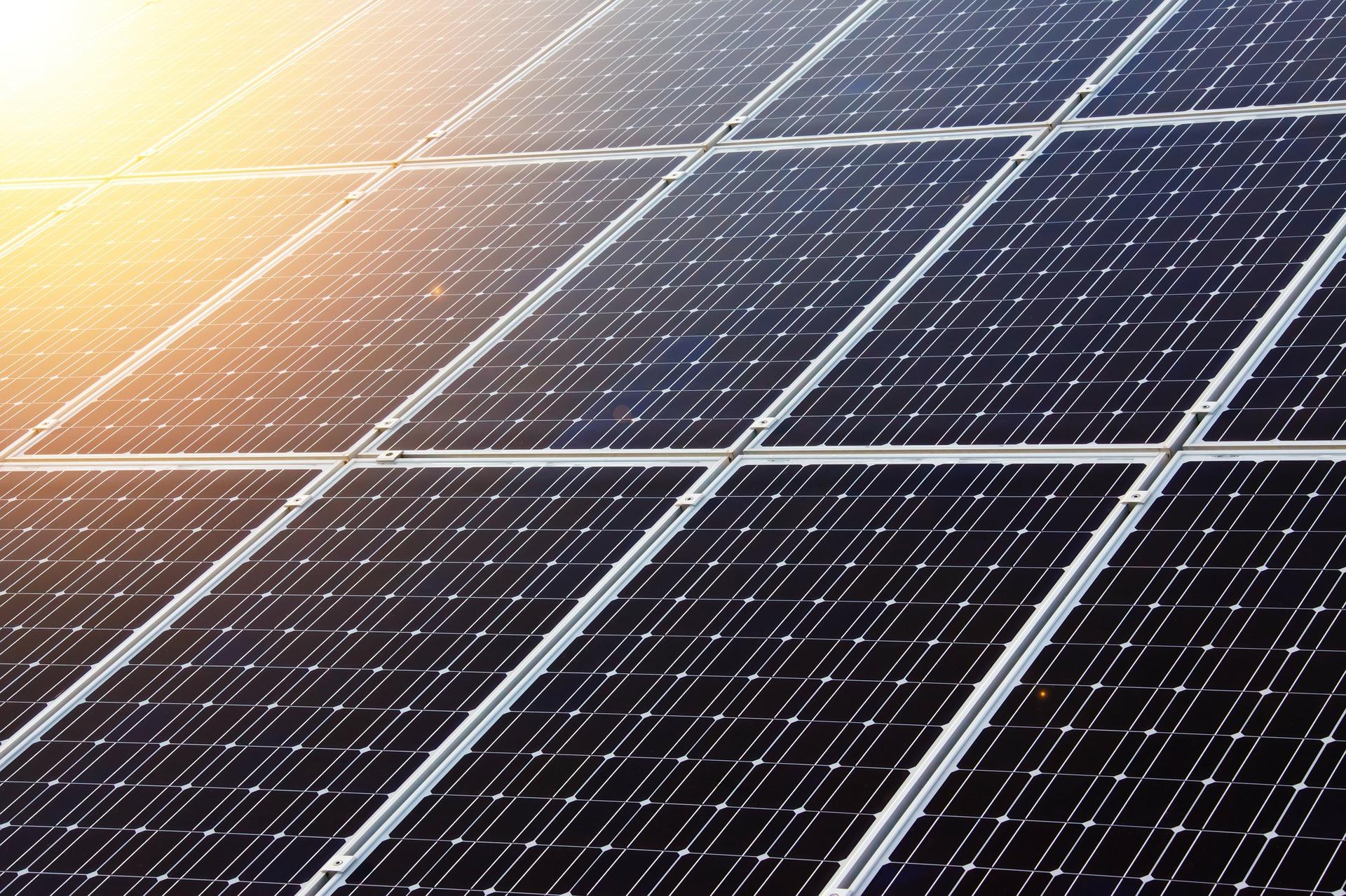 Módulos Solares en Serie o Paralelo